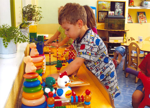 Ранній розвиток. Огляд найпопулярніших методик роботи з дітками